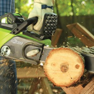 Best Battery Chainsaw Reviews – Top 3 In 2018 – 2019